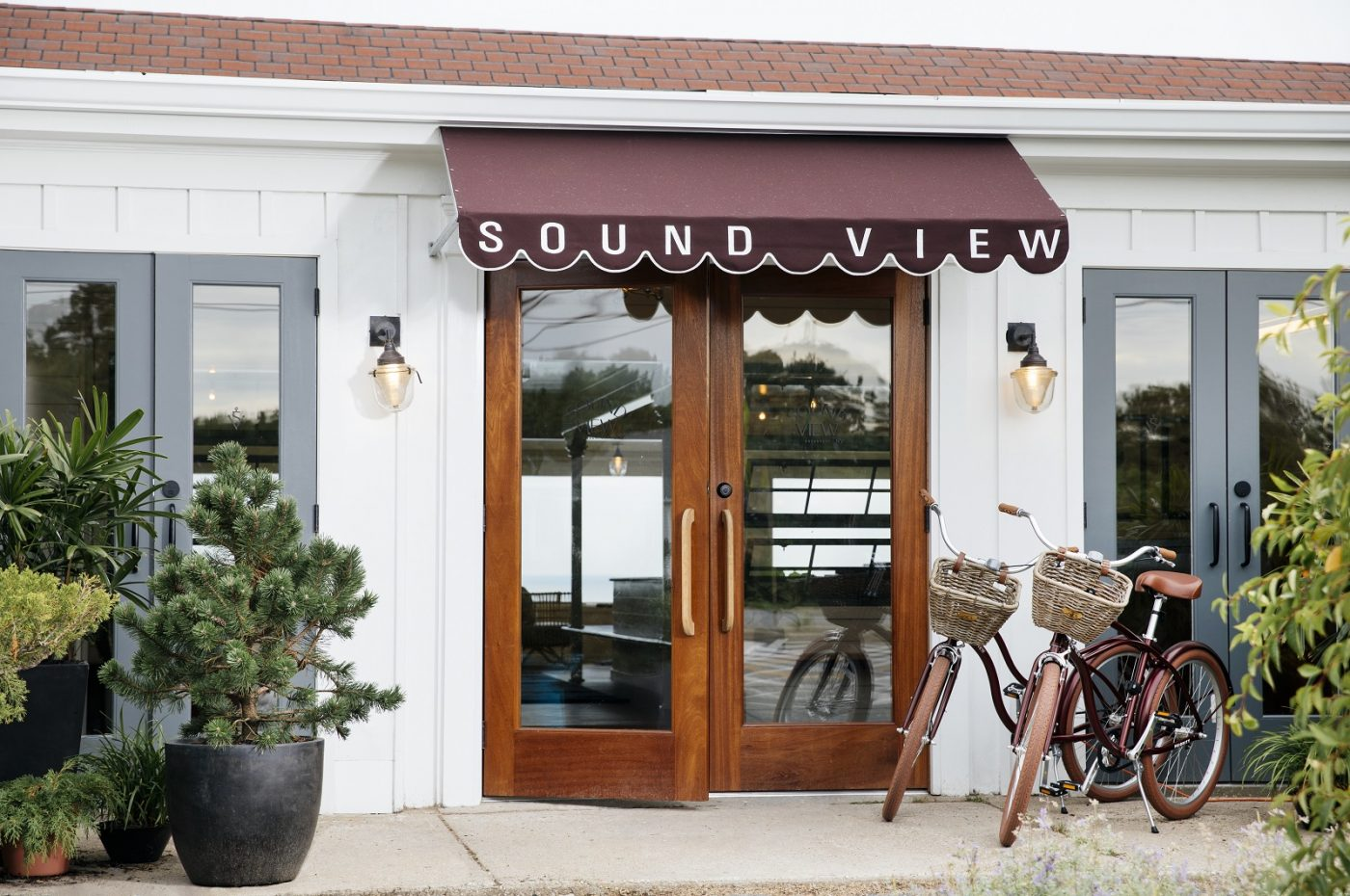 Sound View lobby entrance bicycles