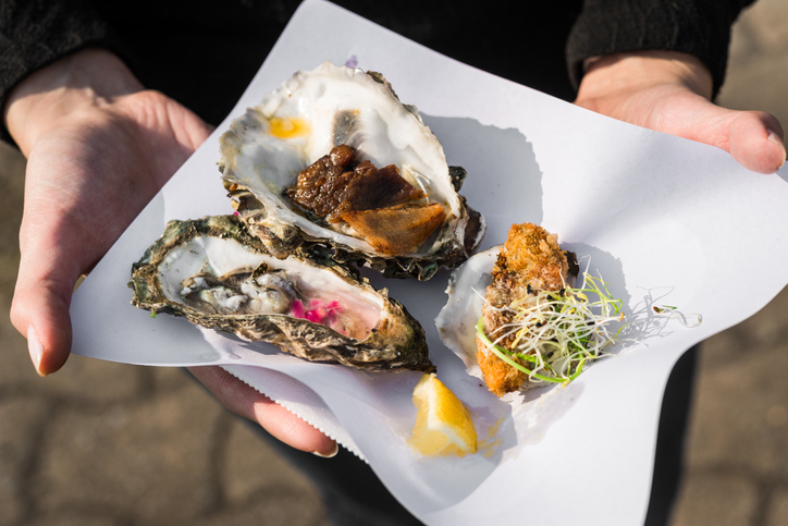 Food festival oysters